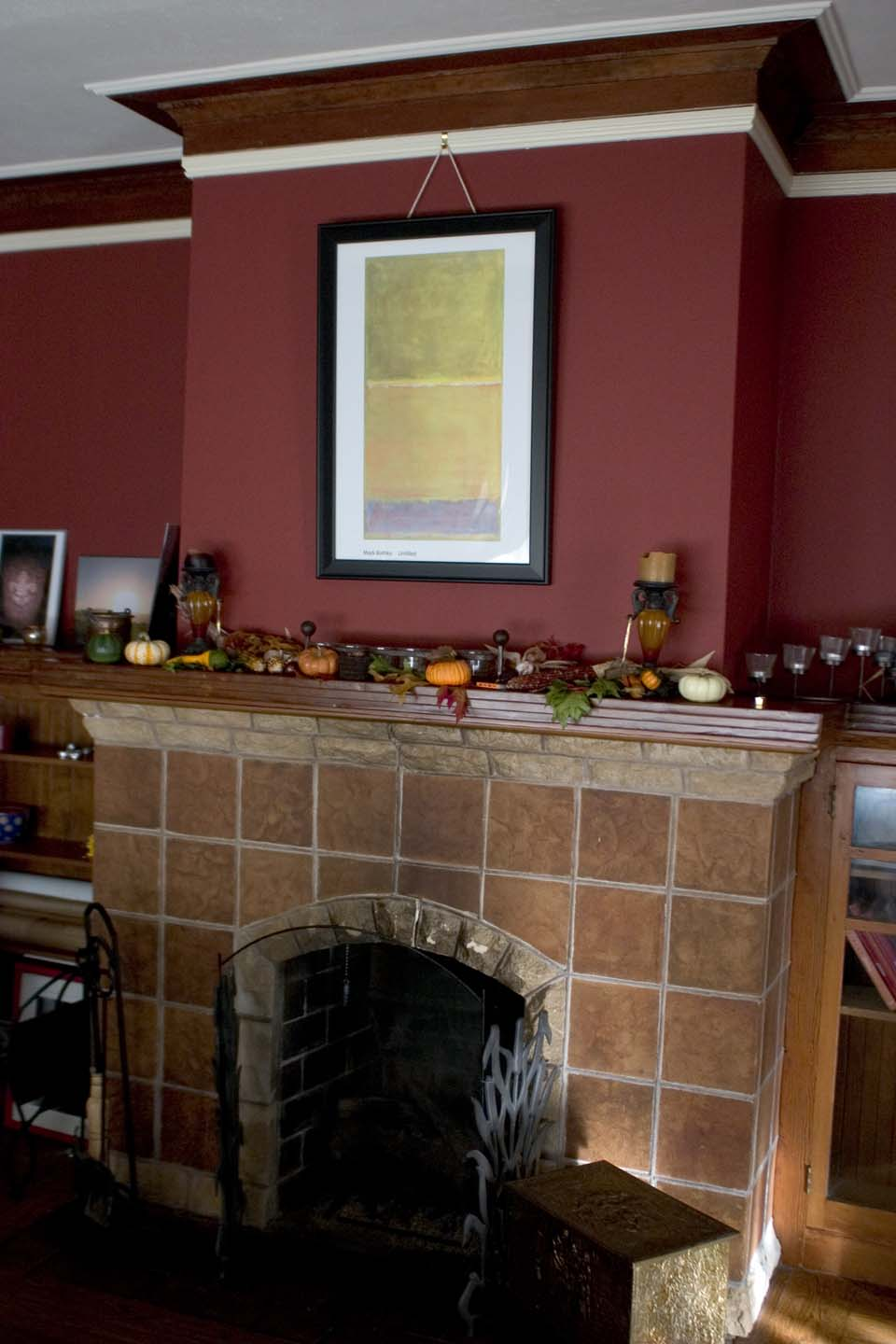 Library mantel with autumn decor the casa de kitty life for Casa mantel